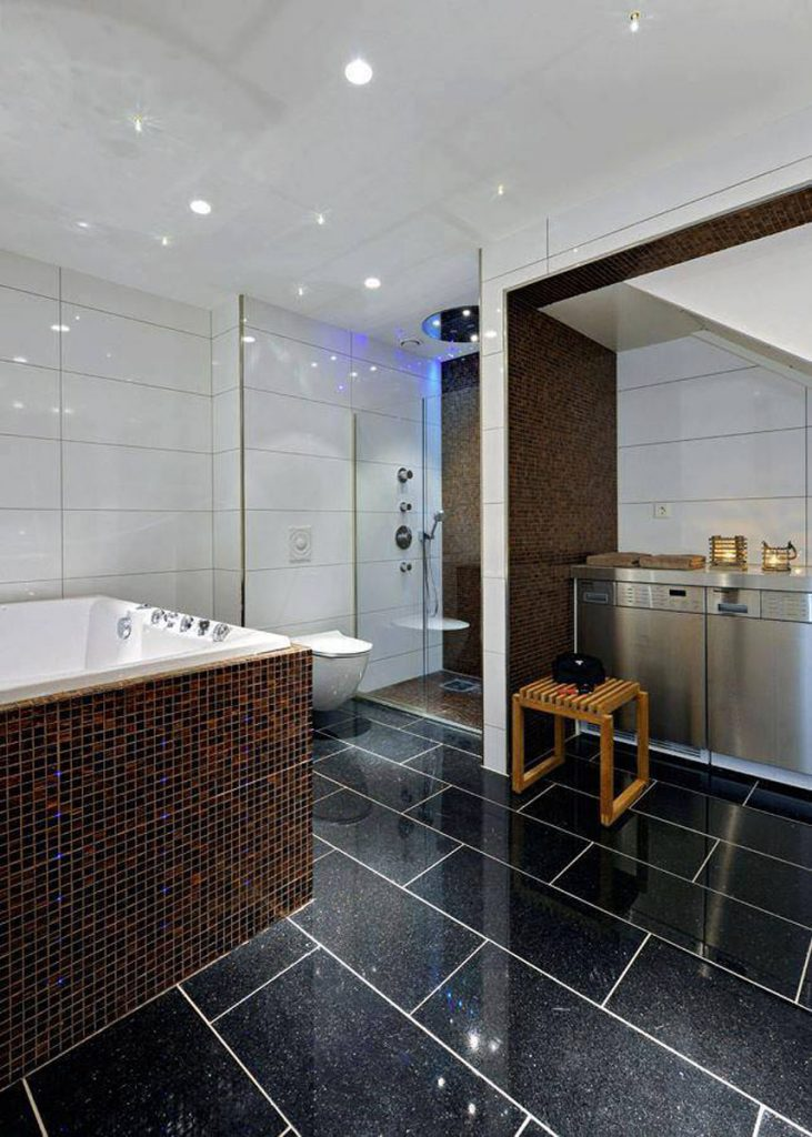 modern bathroom with white stretch ceiling glossy los angeles