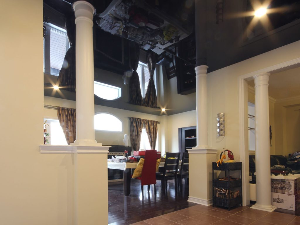 Classic dining room with black reflective stretch ceiling