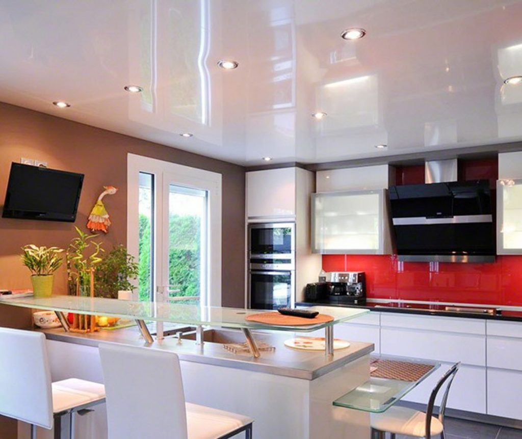 white stretch ceiling mirror in custom kitchen by laqfoil