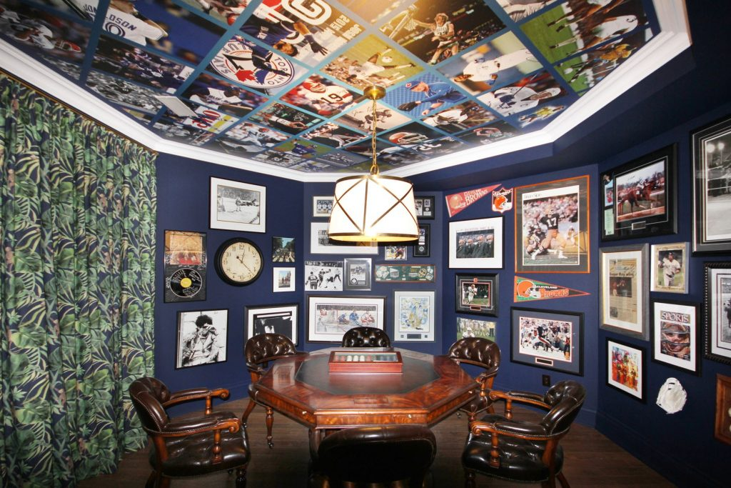 laqfoil basement game room with Printed Ceilings and walls