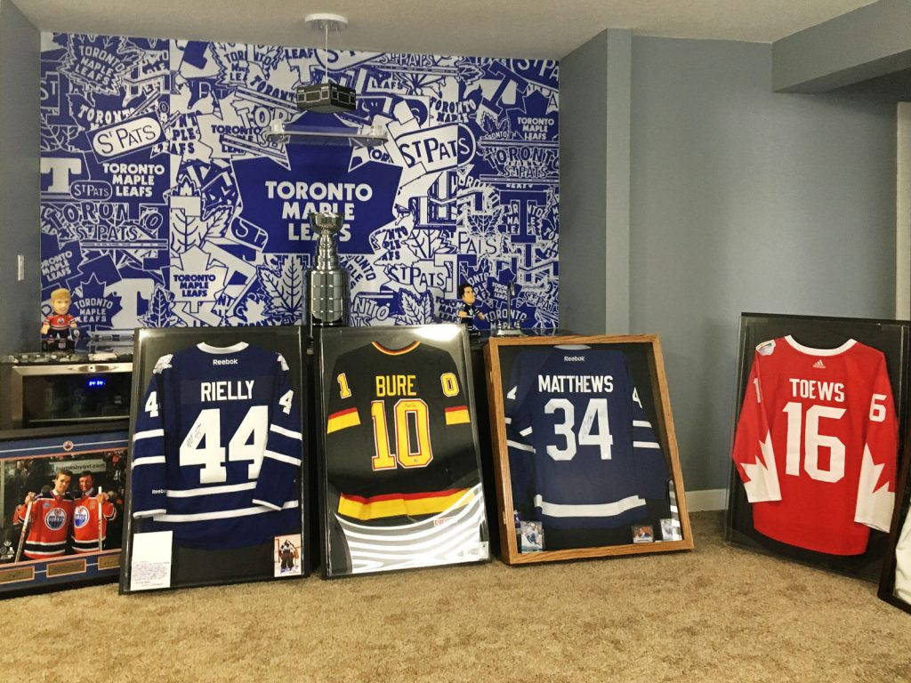 laqfoil basement custom wall cover of maple leafs