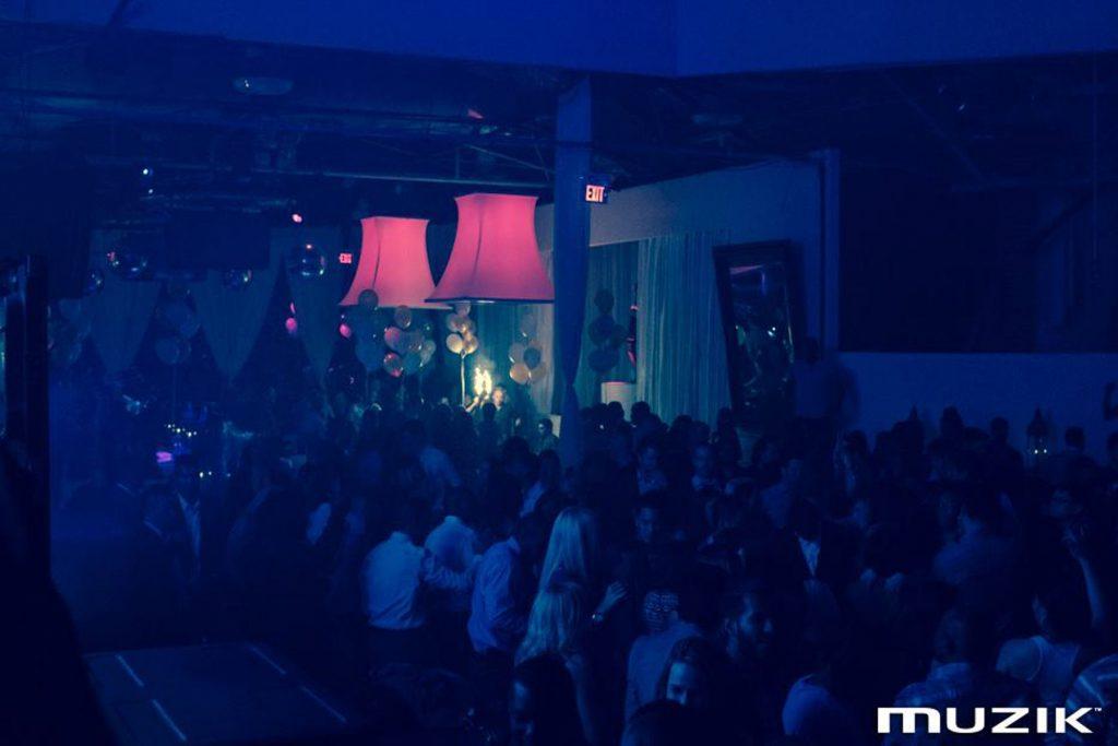 luxury modular structures in amazing night club ontario