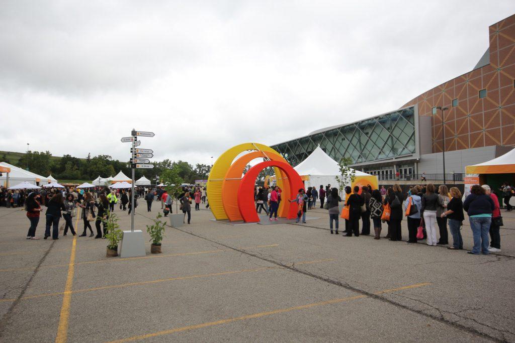custom orange and yellow decor modular structure Detroit