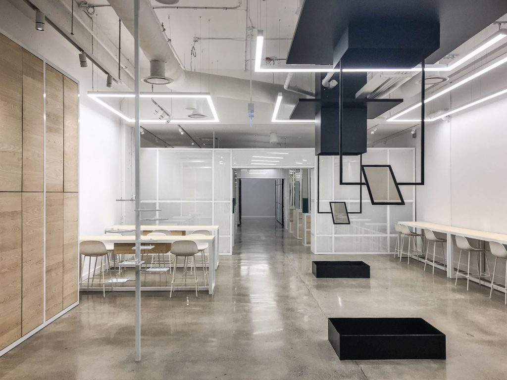Thalmic Labs glass walls and Linear Lights Ceiling germany