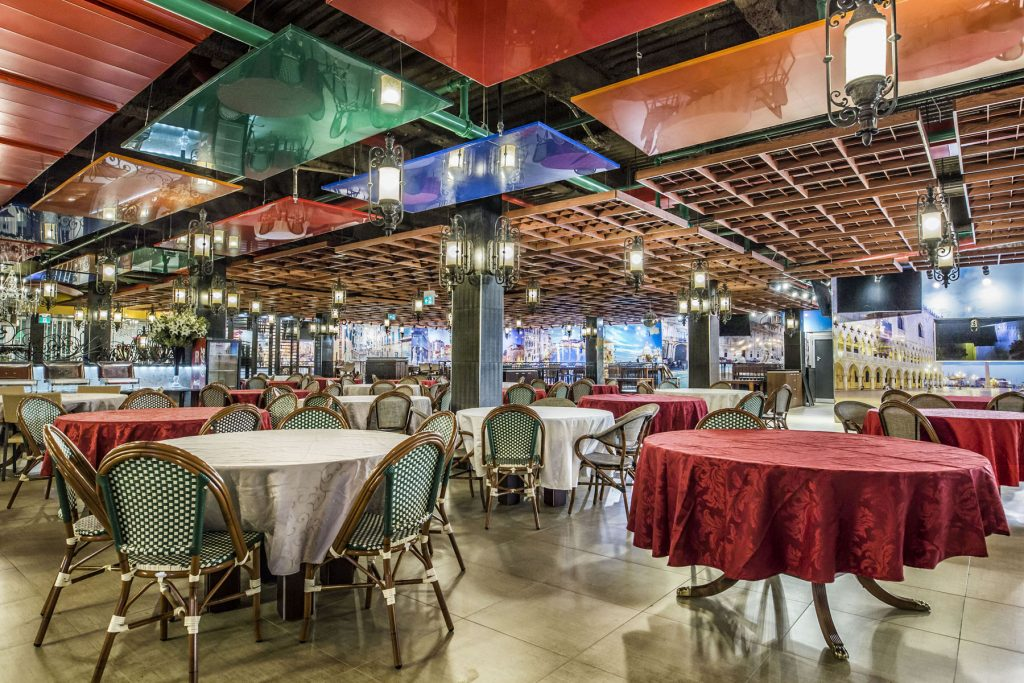multi color reflective modular structures in classic restaurant