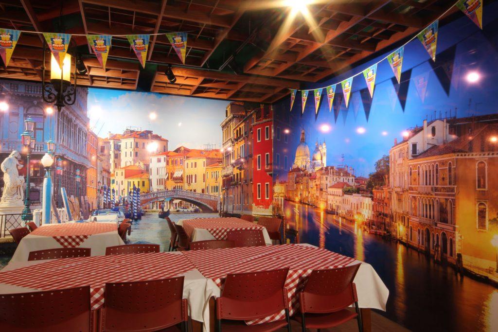 woodbine mall classic restaurant with luxury custom wall cover USA