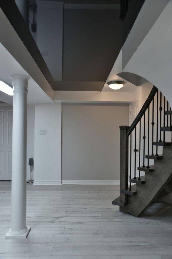laqfoil black stretch ceiling glossy in l;uxury basement