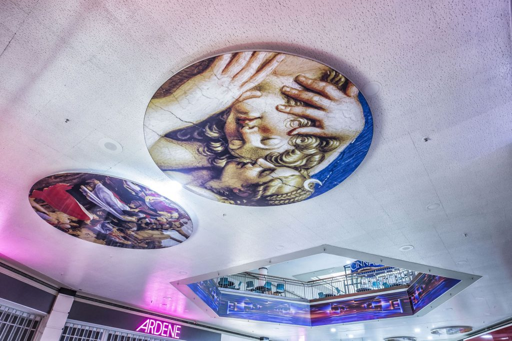 amazing stretch ceiling murals in woodbine mall toronto