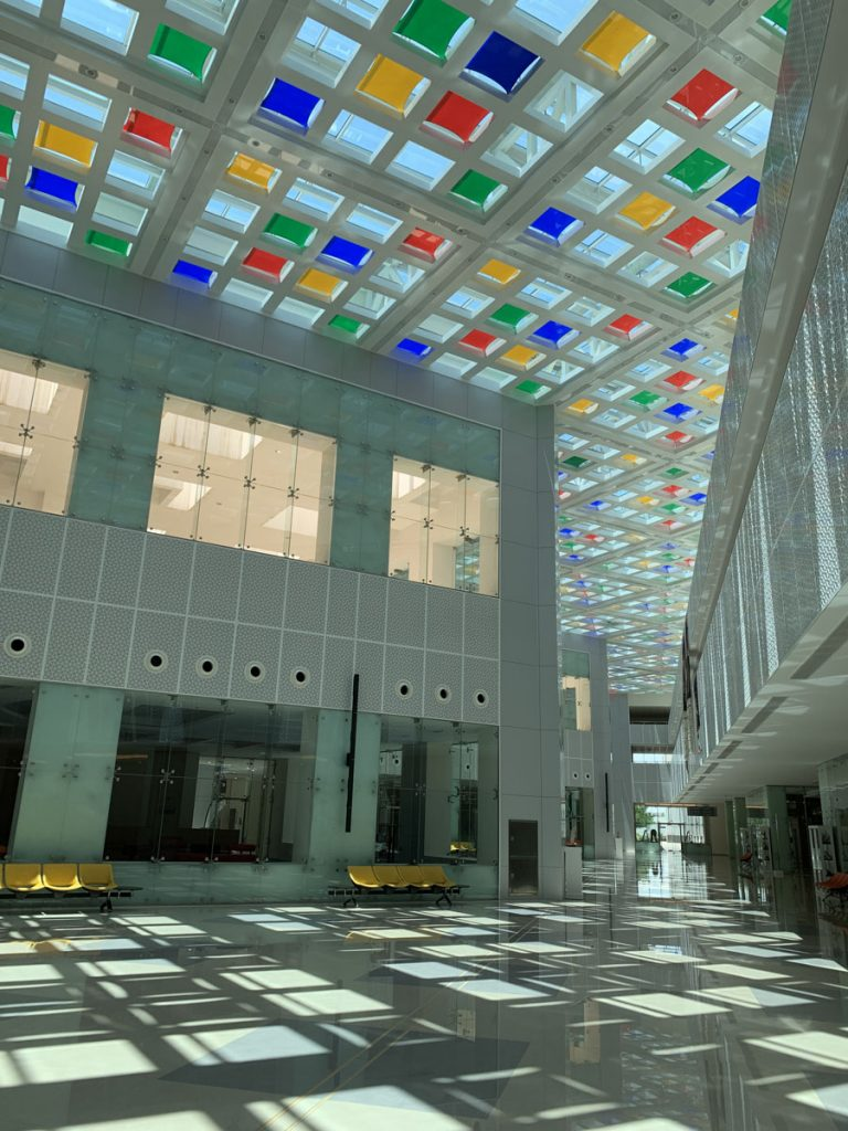 amazing ceiling with high gloss modular structures