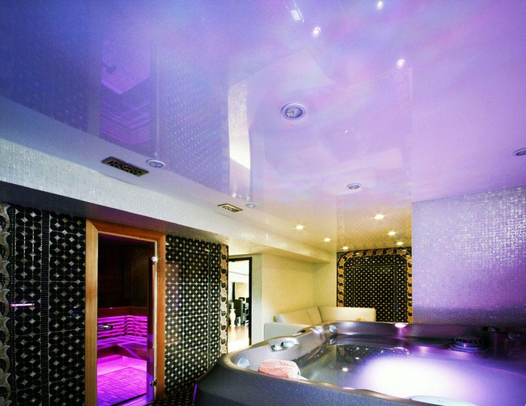 purple stretch ceiling in jacuzzi bathtub room