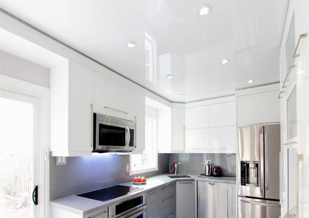 small kitchen with amazing reflective stretch ceiling