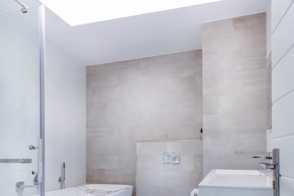 Linear Lights Ceilings in Amazing Bathroom